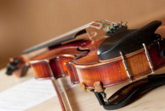 Mitnahme Musikinstrumente im Flugzeug