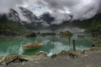 640px-Lake_Bondhus_Norway_2862