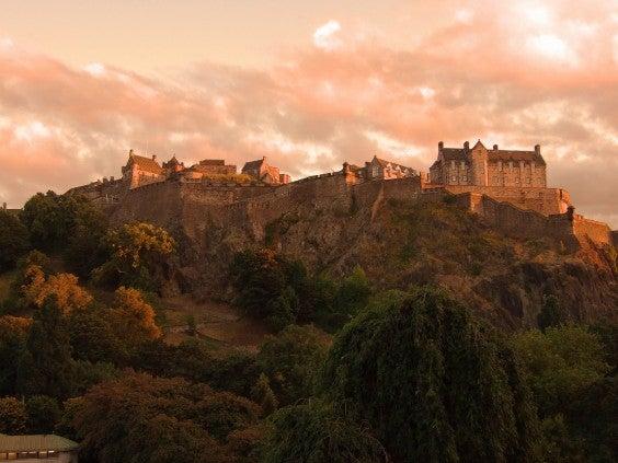 Flüge Edinburgh Anreise