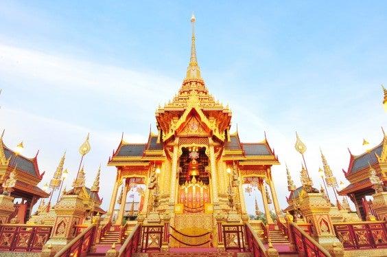 bangkok reiseziele zu weihnachten edreams reiseblog. Black Bedroom Furniture Sets. Home Design Ideas