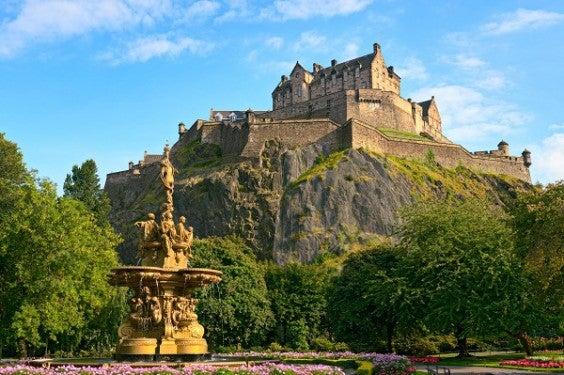Edinburgh Flüge mit Easyjet