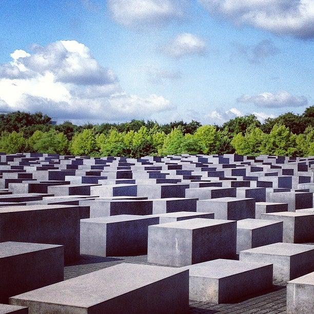 holocaust memorial, berlin, memorial to the murdered jews,